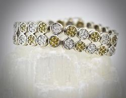 Impressive 14K 10 Ct.Tw. Diamond Bracelet
