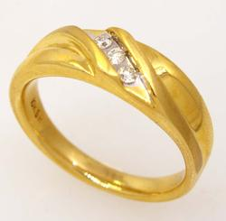 Mens Diamond Band in Gold, Size 10.25