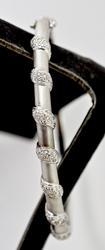 Wonderfull 18K White Gold Diamond Bangle