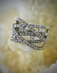 Eye-Catching 14K White Gold Modern Diamond Ring