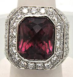 MEN'S 18K WHITE GOLD  TOURMALINE AND 10.00 CARAT DIAMONDS.