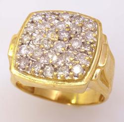Fantastic Mens Diamond Ring in Gold, Size 8