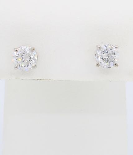 1.47ctw Diamond Stud Earrings in White Gold