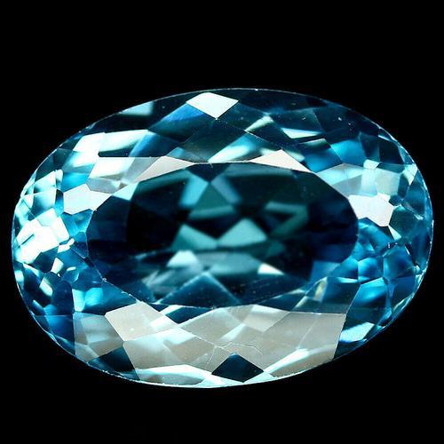 Substantial 25.68ct VVS Swiss blue Topaz