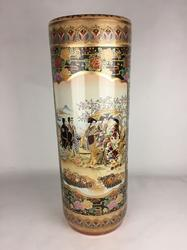Captivating Highly Decorative 24 Satsuma Vase