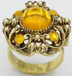 Stunning 14kt Yellow Gold Cocktail Ring