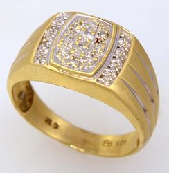 Mens Diamond Ring in Gold, Size 10.25