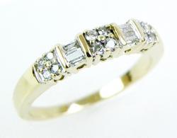 Beautiful 14K Multi-Diamond Band, Size 7.5