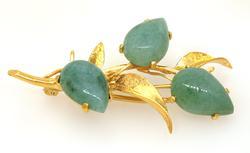 Beautiful Jade Flower Motif Gold Pin