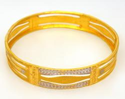 Two-Tone 21K Gold Bangle, 7in