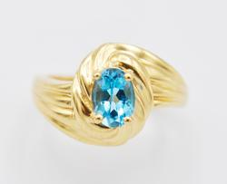 Blue Topaz & 14kt Yellow Gold Scalloped Cocktail Ring