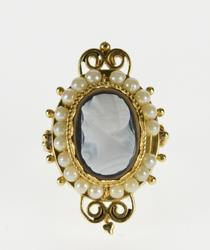 14K Yellow Gold Agate Cameo Pearl Halo Ornate Statement Ring