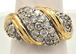 LADIES 14 KT YELLOW GOLD DIAMOND RING