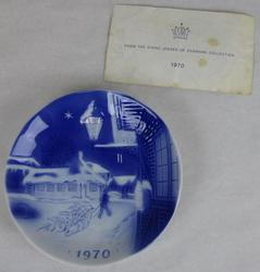 1970 First Edition Christmas Plate