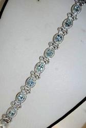 Sparkling Aquamarine & Diamond Bracelet
