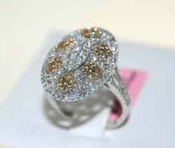 14kt White Gold Fancy Yellow and White Diamond Ring
