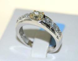 Men's 14kt Gold Fancy Diamond & White Diamond Ring