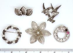 Five Sterling Pins, Pearls, Etc