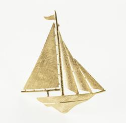 14K Yellow Gold Crosshatch Textured Stylized Sail Boat Ship Pin/Brooch
