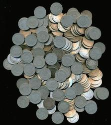 Larger lot of 125 nice circulated Liberty 'V' Nickels