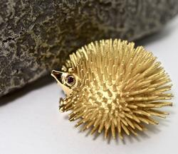 Beautifully Sculpted Whimsical 18K Hedgehog Brooch