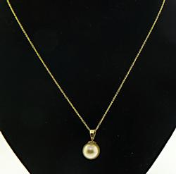 Classy 10mm Golden Pearl Necklace
