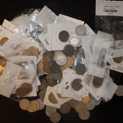 200 Assorted V Nickels Unsearched