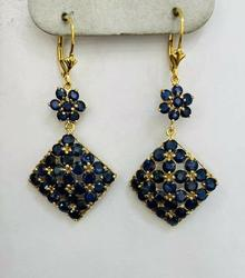 Gorgeous 14kt Yellow Gold Blue Sapphire Earrings