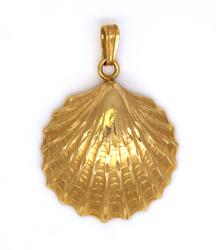 Gold Shell Pendant