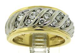 Elegant 18kt 1.10ctw Diamond Ring
