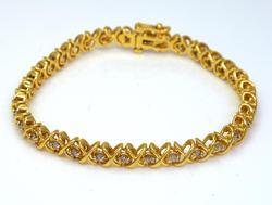 Diamond X-Link Bracelet in Gold, 7in