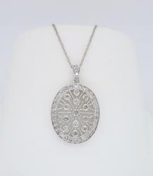 Filigree Detailed Diamond Necklace