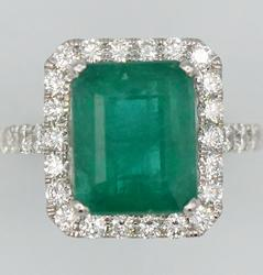 Emerald & Diamond Cocktail Ring in 18kt White Gold