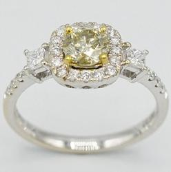 18kt Gold Diamond Ring