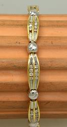 Multi-Diamond Bracelet in Gold, 7in
