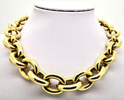 18 KT SOLID GOLD LARGE AND HEAVY LINK  CHAIN.