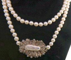 Lovely Pearl Necklace with Biwa Pearl and Diamond Clasp