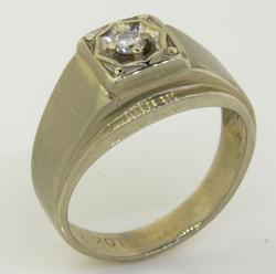 Men's Diamond Solitaire Ring, 14k Gold. Size 6.25