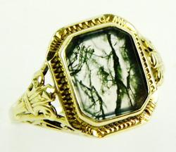 Beautiful Antique 14K Moss Agate Ring