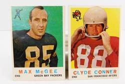 2 Topps 1959 Football Cards