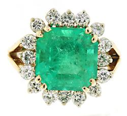 Majestic Emerald and Diamond Ring