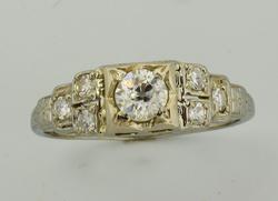 Lovely .35CTW Antique Style Diamond Ring, 18K