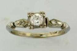 Vintage 18kt PALL Diamond Ring