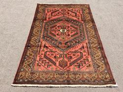 Enchanting Handmade Persian Gorg-Heydari
