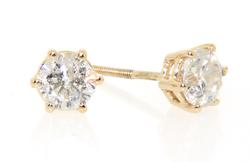 Classy Diamond Stud Earrings