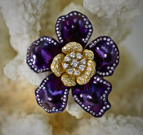 Incredible 18K Diamond & Titanium Floral Ring