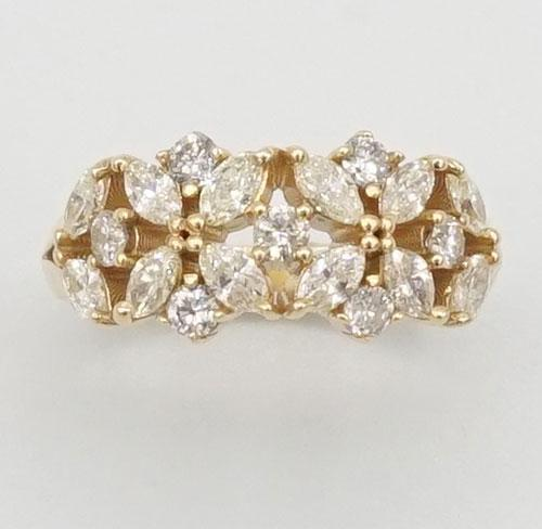 Gorgeous 18kt Solid Gold Diamond Band