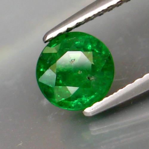Breath taking 1.38ct top emerald green Tsavorite
