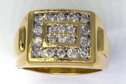 Glittering Mens 0.75CTW Diamond Ring