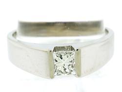 Gents Princess Cut Diamond Ring in 18kt